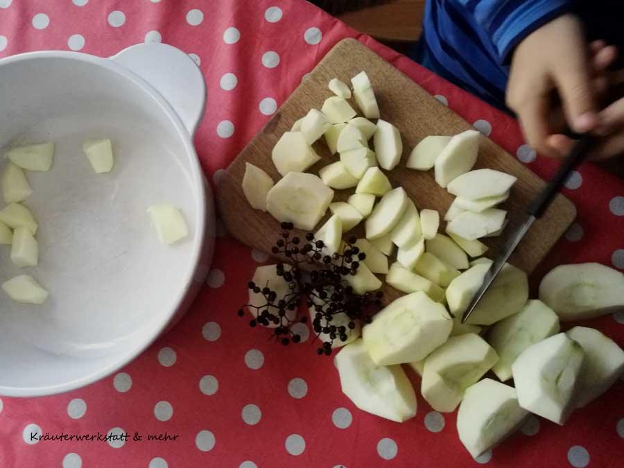 Apfel-Holunder-Crumble